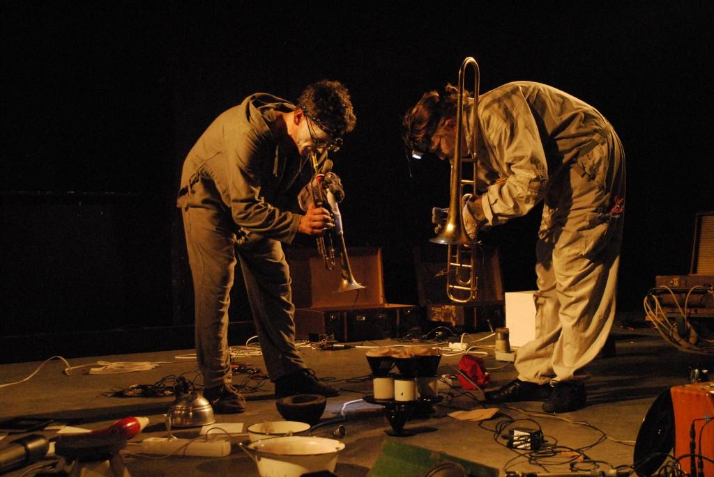 Month of Performance Art - Berlin 2012:  teatr tetra/trio sabotage: MATERIAL SCHLACHTEN #4 - foto: taschari pipri